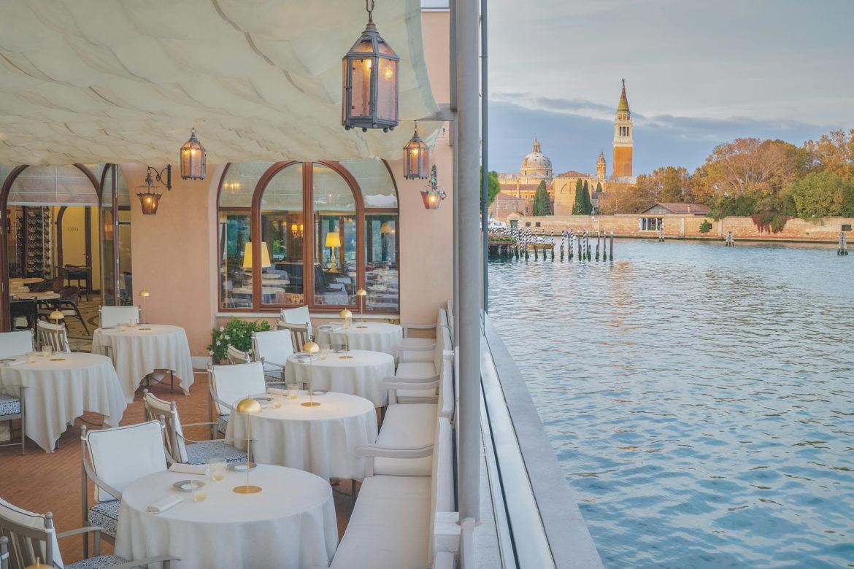 Das Belmond Hotel Cipriani liegt auf der Insel Giudecca mit Blick auf Venedig