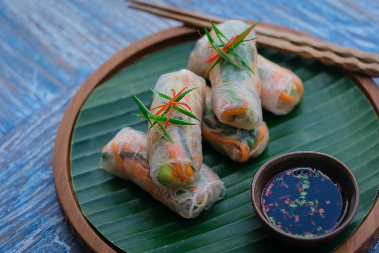 Balinesische Küche: vegane Reispapier-Rollen