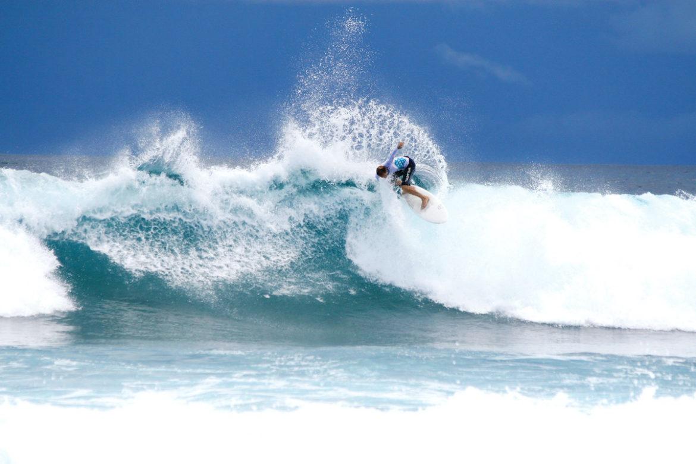 Die größten Wellen Malediven können Sie surfen