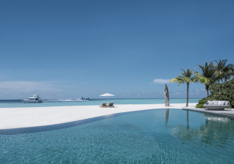 Infinity-Pool und weisser Sandstrand: Voavah ist ein Paradies in den Malediven