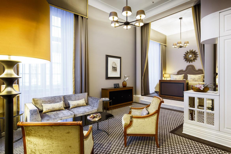Zimmer de Luxe, Althoff Grandhotel Schloss Bensberg