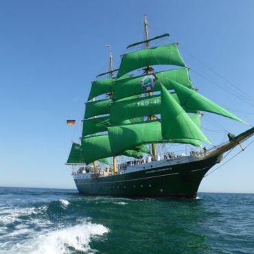 Schulschiff Alexander von Humboldt 2
