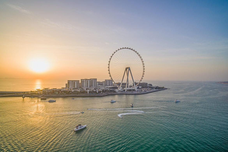 Dubai - eine Stadt des 21. Jahrhunderts mit Gegensätzen und Tradition